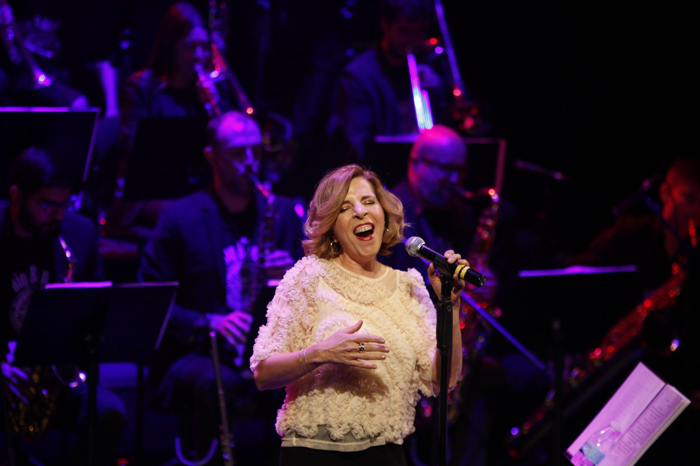 JA230120-Concierto de Sole Giménez con la Big Band de la Universidad de Almería UAL (FOTO JAVIER ALONSO)