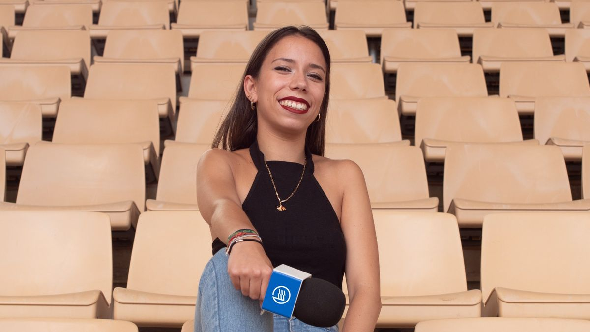 La joven narradora de Footters, en el Estadio Olímpico de Sevilla. Dani Valle.